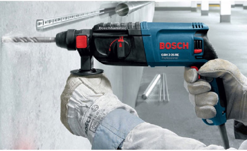 Thiết kế của máy khoanbúa Bosch GBH 2-18 RE