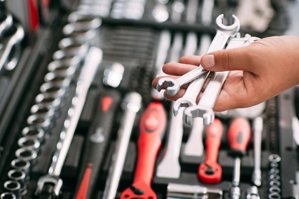 Bộ dụng cụ sửa chữa đa năng Bosch là gì?