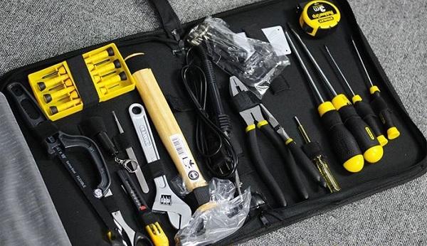 Bộ dụng cụ 18 chi tiết Stanley 90-597-23