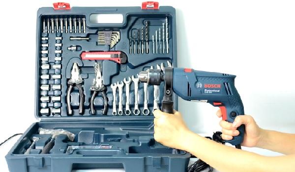 Bộ dụng cụ máy khoan gia đình Bosch GSB 550 XL