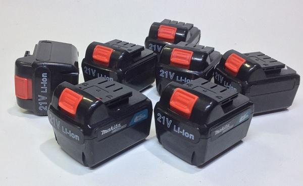 Máy khoan pin sử dụng những loại pin nào?