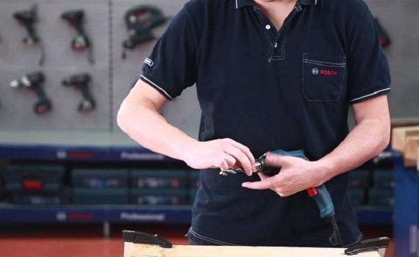 Cách sử dụng máy khoan Bosch đúng kỹ thuật