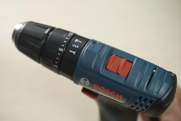 So sánh máy khoan pin 12V thường và máy khoan pin 12V có búa