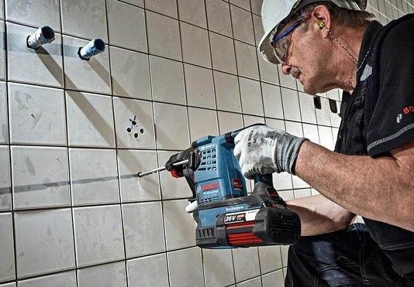 Máy khoan pin 36V Bosch GBH 36V-LI ứng dụng nhiều công nghệ hiện đại