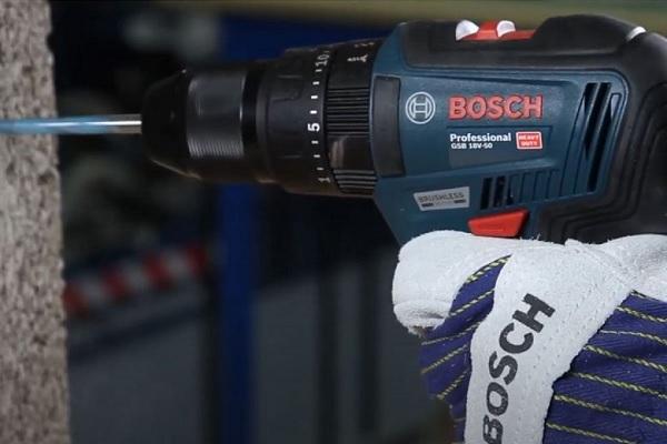 Máy khoan động lực dùng pin Bosch GSB 18V-50