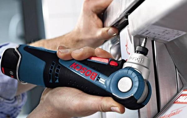 Máy khoan góc vặn vít dùng pin Bosch GWI 12V-LI