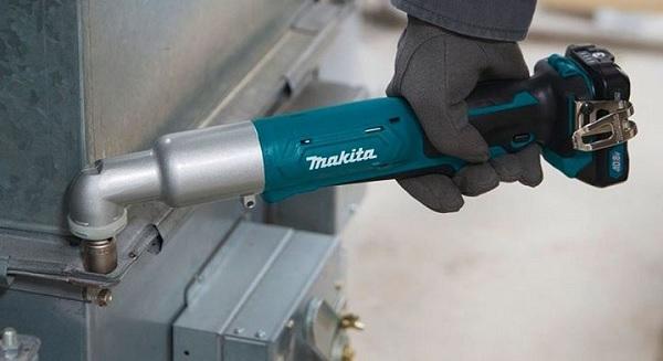 Máy vặn vít góc dùng pin Makita TL064DSYE 12V Max