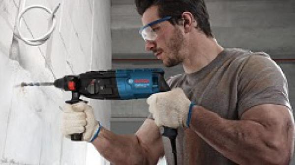 Cách sử dụng máy khoan bê tông an toàn, đúng kỹ thuật