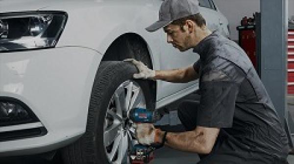 Top 3 bộ dụng cụ sửa xe ô tô dành cho dân chuyên nghiệp